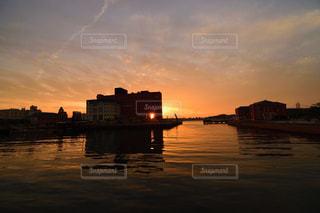 風景,海,空,赤,夕焼け,水面,夕陽,門司港レトロ,門司港