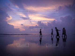海,夕日,夕暮れ,海辺,旅行,青春,バリ,スミニャック