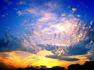 空,夕日,夕焼け,夏空,田舎の夕日,あの夏の日