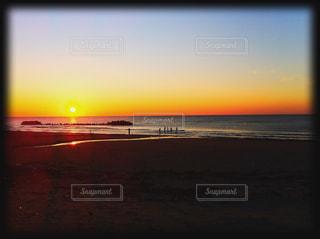 夕日,夕焼け,水平線,山形,日本海,失恋,湯野浜温泉