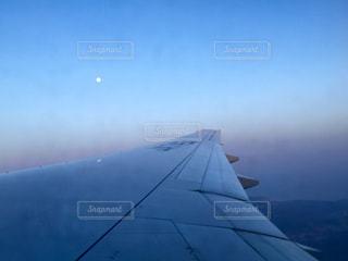 月夜飛行の写真・画像素材[1321795]