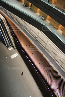 近くに地下鉄の駅のアップの写真・画像素材[1559166]