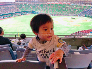 スポーツ,人物,人,ドーム,赤ちゃん,野球,男の子,球場,ソフトバンク,1歳,応援,ホークス,ソフトバンクホークス,ファン,野球少年