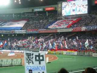 サッカー,旗,スタジアム,サポーター,試合,観客,応援,サッカー観戦,観客席