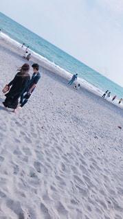 女性,男性,風景,海,夏,屋外,ビーチ,砂浜,波,海辺,水面,人物,人,砂丘,happy,明るい,お洒落,日中,おしゃれ,フォトジェニック,いろいろ,インスタ映え