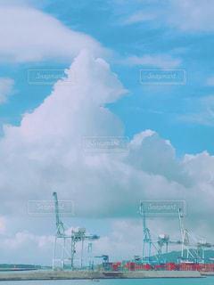 水平線の向こうに何があるのだろうの写真・画像素材[1390517]