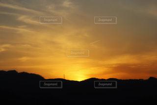夕日,太陽,雲,幻想的,山々,黄昏,異空間,黄金