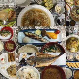 食べ物,食事,うどん,デザート,テーブル,トマト,皿,レモン,日本,味噌汁,料理,和食,美味しい,お家ご飯,献立,赤ワイン,干物,秋刀魚,甘いもの,晩酌,旬,素麺,お家ごはん,鯵,束,ボウル,異なる,パルタジェ,焼きパプリカ