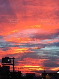 風景,空,屋外,赤,カラフル,雲,青,夕暮れ,紫,明るい,神秘
