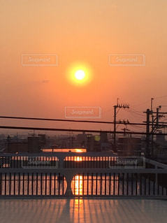 空,夕日,オレンジ,道,屋上,オレンジの道