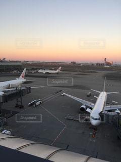 空,夕日,飛行機,滑走路,羽田空港,展望デッキ,国際線ターミナル