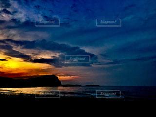 自然,風景,海,空,屋外,雲,水,夕焼け,景色,光,夕陽