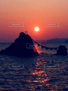自然,風景,海,空,夕日,屋外,夕暮れ,水面,旅行,夫婦岩