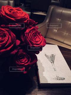 真っ赤な薔薇の写真・画像素材[1382597]