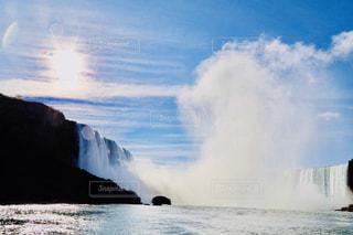 ナイアガラの滝 ボートからの写真・画像素材[1448234]
