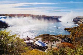 秋のナイアガラの滝の写真・画像素材[1448245]