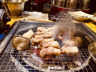 ソウルで焼肉の写真・画像素材[2054940]