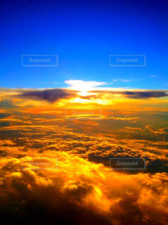空,夕日,夕焼け,上空,夕焼け空