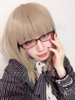 眼鏡女子の自撮りだよ。の写真・画像素材[1353723]