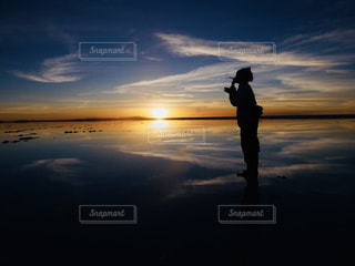 空,夕日,絶景,シャボン玉,ウユニ塩湖,ボリビア