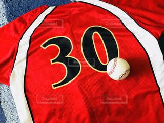 スポーツ,赤,ボール,野球,運動,ユニフォーム,応援