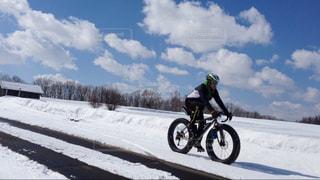 風景,空,自転車,屋外,北海道,ファットバイク,東川町,写真の町,冬も自転車