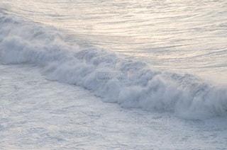 波の写真・画像素材[3357193]
