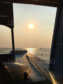 夕日,湖,水平線,カンボジア,船上,シェムリアップ,水上マーケット