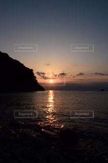 風景,空,太陽,水面,海岸,山,光