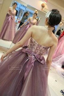 ピンクドレスの写真・画像素材[2172008]