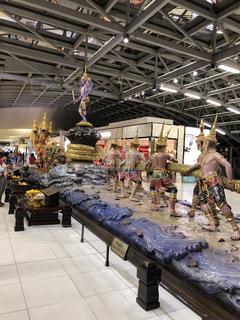 タイの空港で見た綱引きの写真・画像素材[1517364]