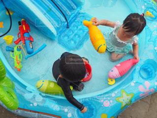 プール遊びの写真・画像素材[1345948]