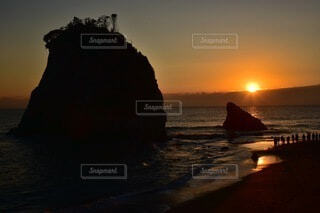 自然,風景,海,朝日,夕暮れ,水面,海岸,正月,お正月,日の出,新年,初日の出