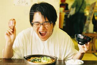 幸せを振りまいてくれる笑顔の写真・画像素材[1373121]