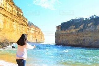 海を操る女性の写真・画像素材[3662808]