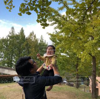 公園,赤ちゃん,未来,楽しみ,子育て,将来,仲良し親子,パパと娘