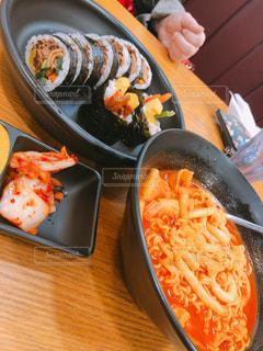 韓国で朝食の写真・画像素材[1666759]