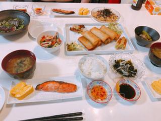 夕食の写真・画像素材[1667970]