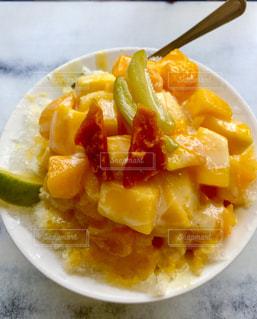 食べ物,夏,マンゴー,皿,アイス,台湾,美味しい,冷たい,練乳,マンゴーかき氷,高雄,ドライマンゴー,熱中症対策