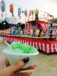 お祭りでかき氷の写真・画像素材[1363140]