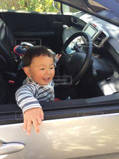 家族,田舎,ドライブ,運転,日曜日,3歳,片手,余裕