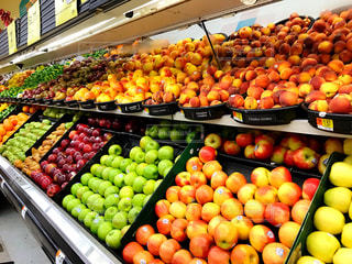 海外,カラフル,フルーツ,果物,旅行,果実,新鮮,スーパーマーケット,食材,スペイン語,プエルトリコ,色鮮やか,品揃え