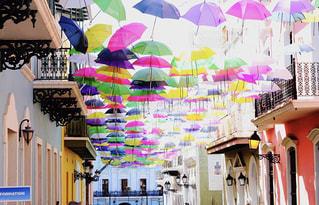 プエルトリコ カラフルな傘の写真・画像素材[1848077]