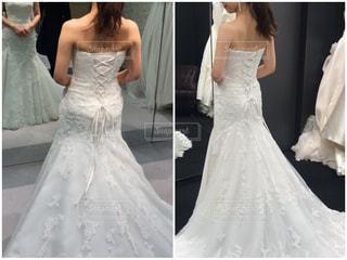 ウェディングドレスを着た女性の写真・画像素材[2995939]