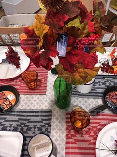 テーブルの上の食器の写真・画像素材[1545973]