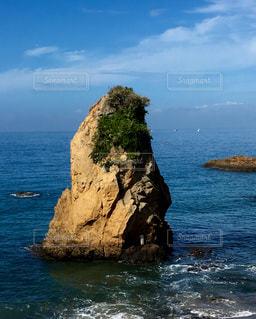 秋谷にある立石の写真・画像素材[1387784]