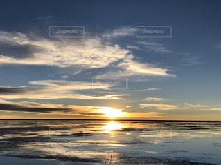 ウユニ塩湖の写真・画像素材[2857393]