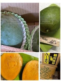 異なる種類の果物で満たされた箱の写真・画像素材[3827138]