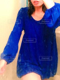 女性,30代,ファッション,ワンピース,黒髪,ブルー,冬服