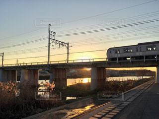 空,橋,電車,夕焼け,鉄道,横浜市,神奈川県,鶴見川,綱島,大綱橋